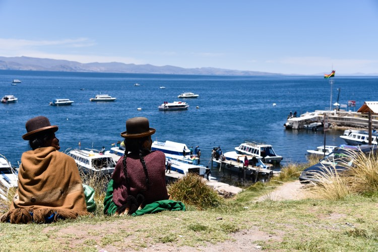 Lake Titicaca: the highest navigable body of water in the world and one of the unmissable Bolivia tourist attractions.