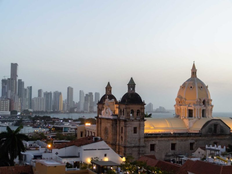 Iglesia Santo Domingo at dusk in Cartagena